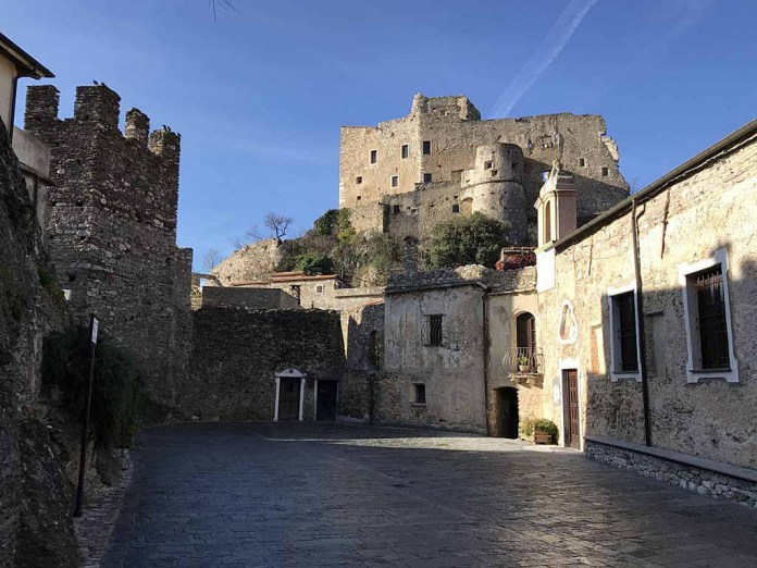 castelvecchio piazza torre
