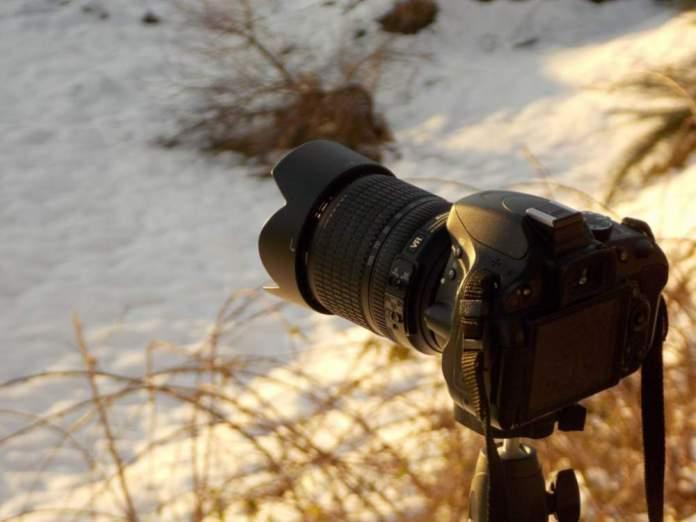 cosa mettere valigia fotocamera reflex
