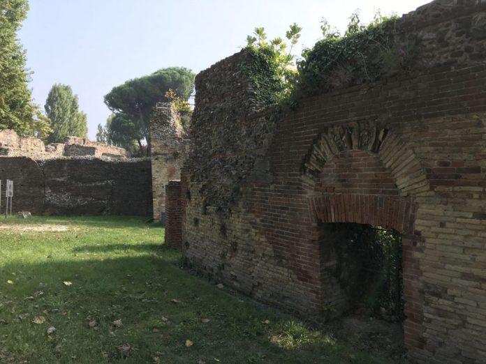 cosa vedere rimini un giorno anfiteatro romano