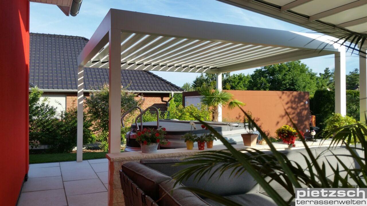 Terrassenüberdachung, Terrassen- Pavillon BAVONA Hardtop, Wintergarten, Pergola- Markise, Wasserdichte Markise, Regen- Markise, Alu- Lammellendach