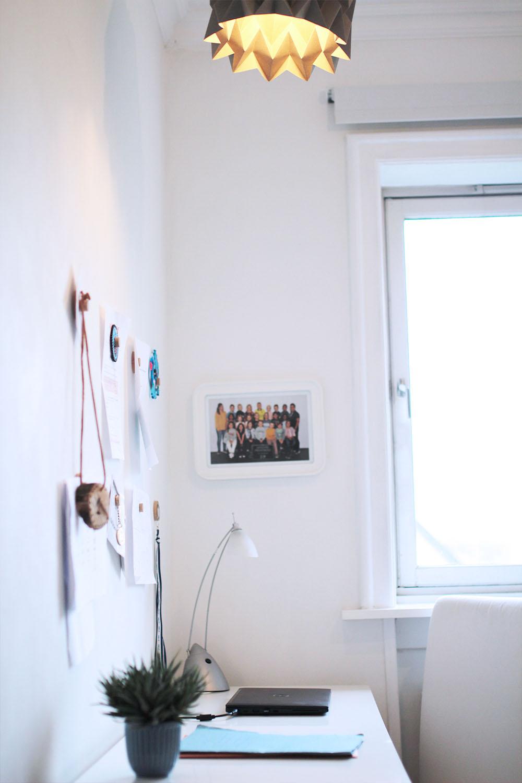 minimalistisk indretning børneværelse