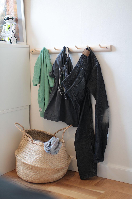 opbevaring tøj minimalisme børneværelse