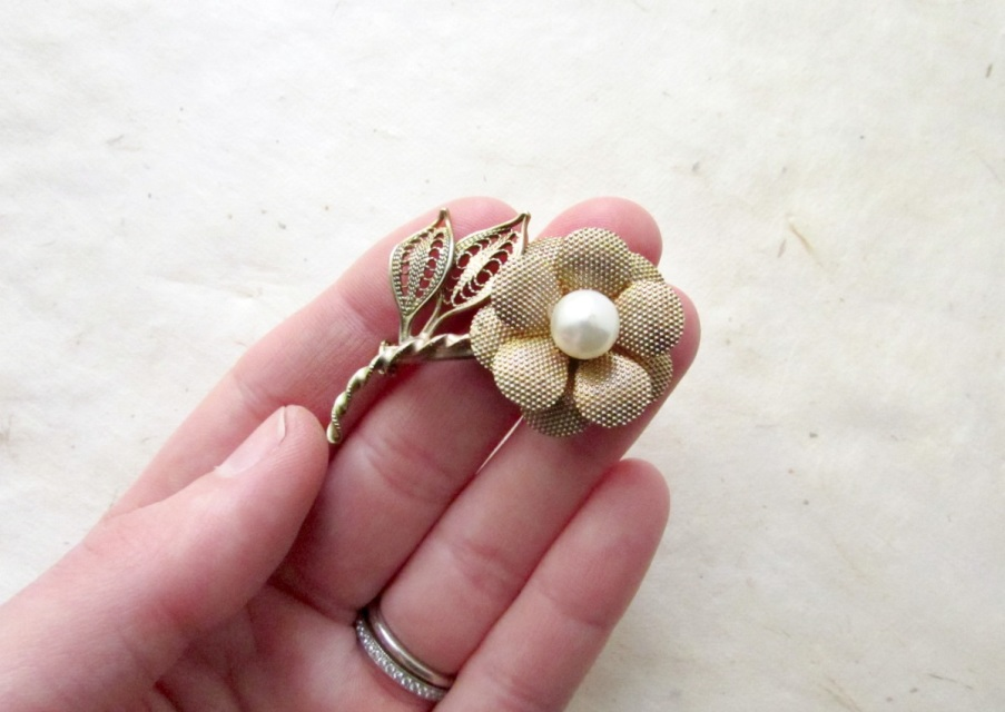 Vintage Gold Flower Brooch With Ivory Pearl