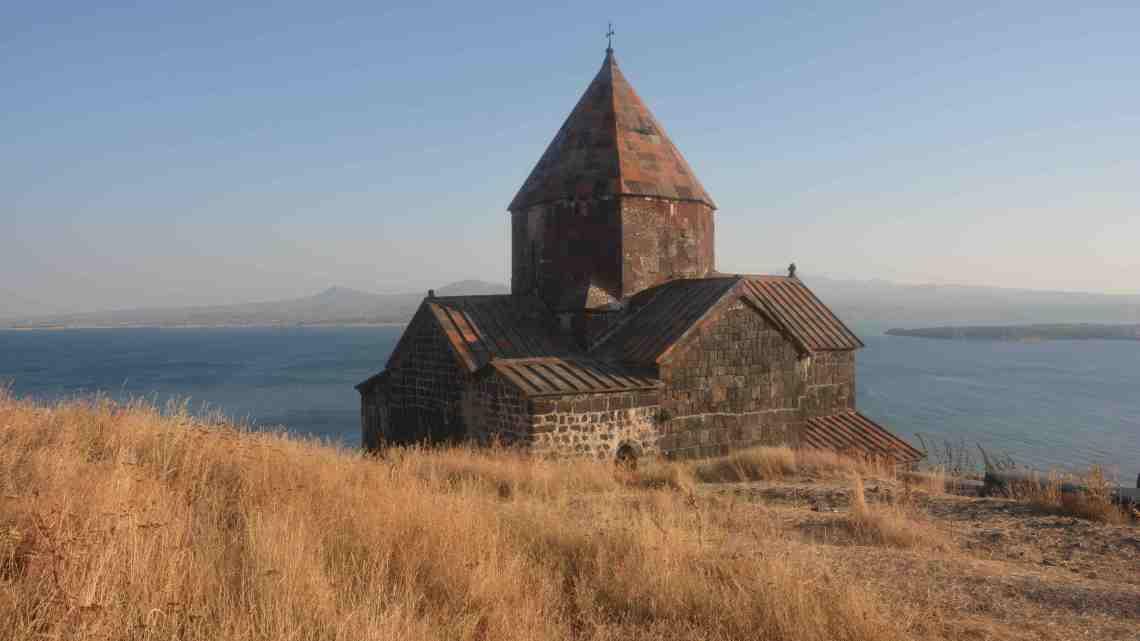 Arménie, au rythme d'un col par jour
