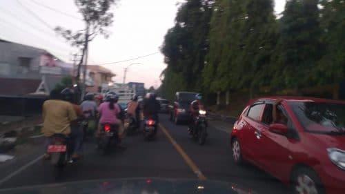 Kemacetan di Jalan Ahmad Yani, Jumat sore (8/11/2019). --foto alfiansyah anwar/pijarnews--