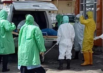 PDP Corona Asal Polman Tiba di Ruang Isolasi RS Andi Makkasau Parepare