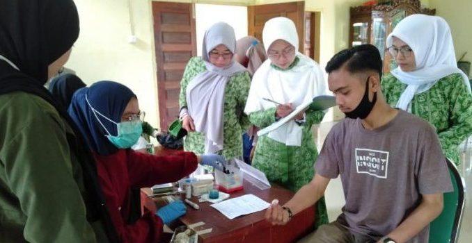 Wujudkan Santri Sehat Indonesia Kuat, Fatayat NU Parepare Lakukan Donor Darah