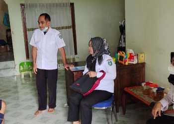 Wujud Kepedulian, BKPSDMD Parepare Kunjungi ASN Sakit Hingga Uruskan Kenaikan Pangkat