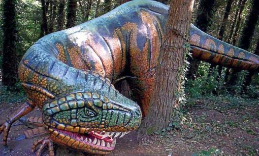 El Karpin Abenturako dinosauroak