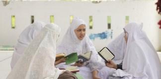 Santriwati Al Manar