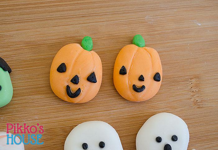 151030-Halloween-Figures3