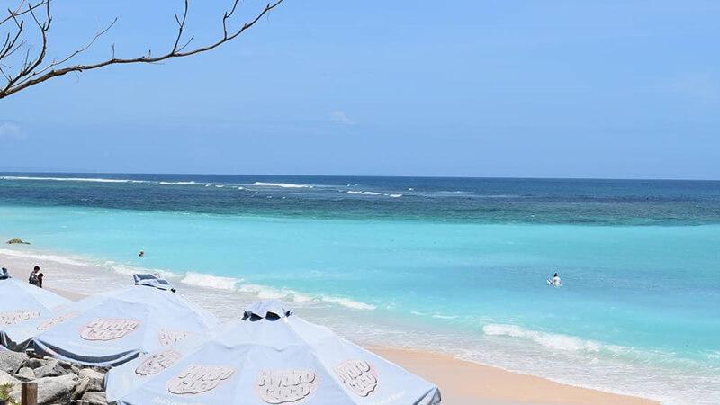 Gambar Pemandangan Pantai Waktu