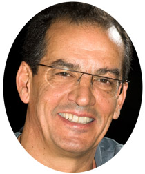 speakers Dr. Carlos Aparicio