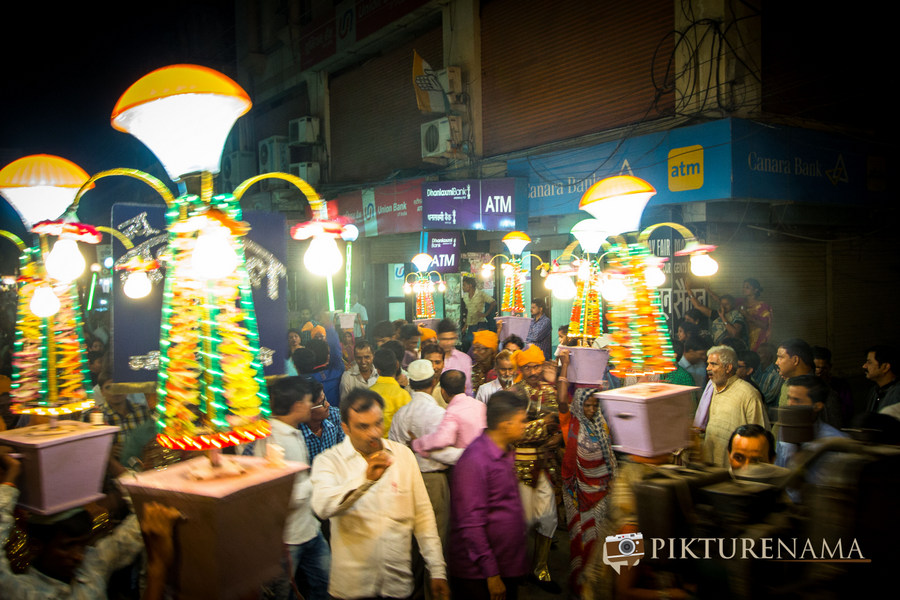 The movement starts Varanasi Wedding by Pikturenama