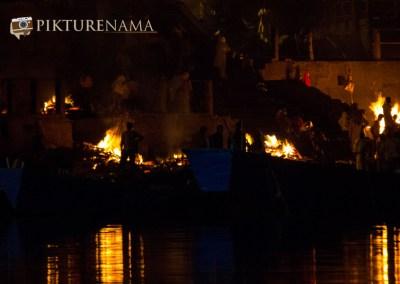 Varanasi ghats by nights by pikturenama - 8
