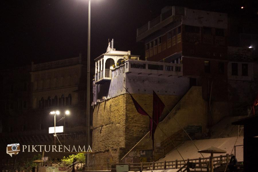 Varanasi ghats by nights by pikturenama - 3