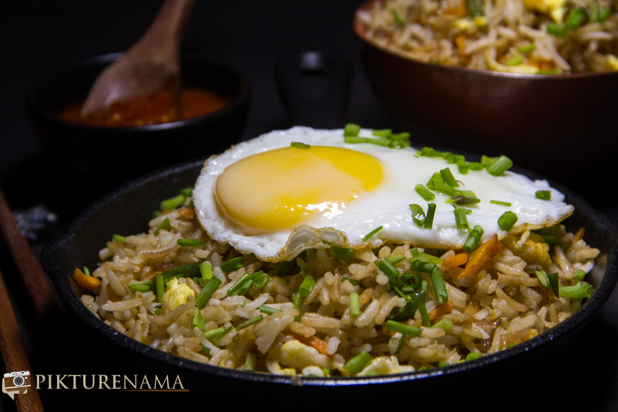 Burnt Garlic fried rice and my love for fried rice