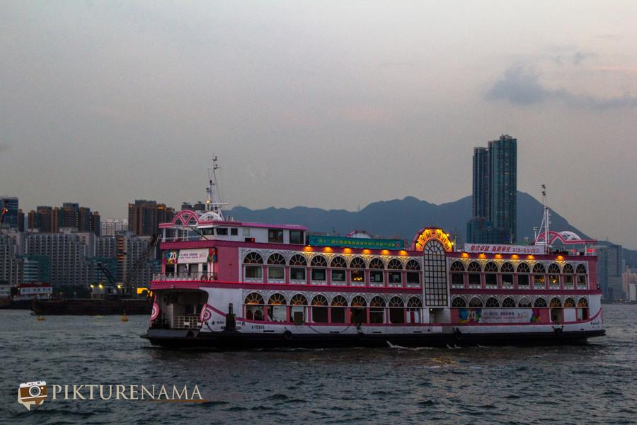 Sunset cruise Hong Kong 7
