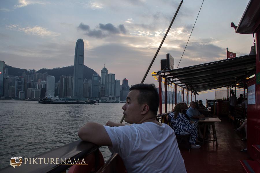 Sunset cruise Hong Kong 5