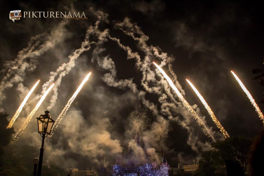 HongKong Disneyland Fireworks 8