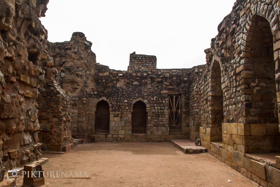 Qutub Minar and Qutub complex Alauddin Khilji tomb and Madrasa