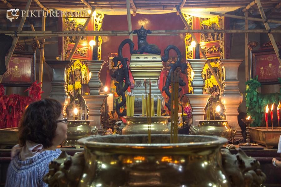 Wong Tai Sin temple HongKong and Man Mo Temple 35