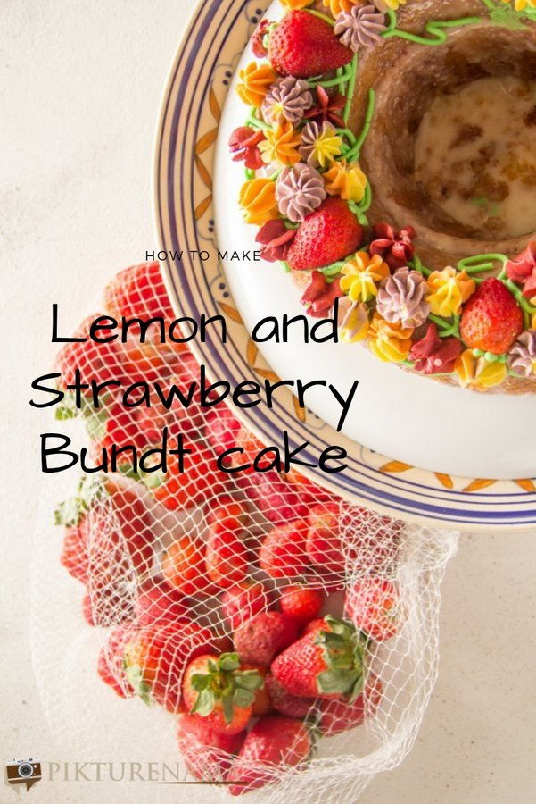 Lemon and Strawberry Bundt cake
