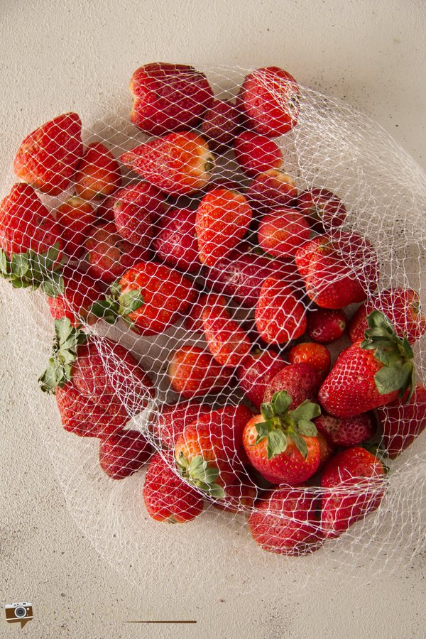 Raw produce for Lemon and Strawberry bundt Cake - 2
