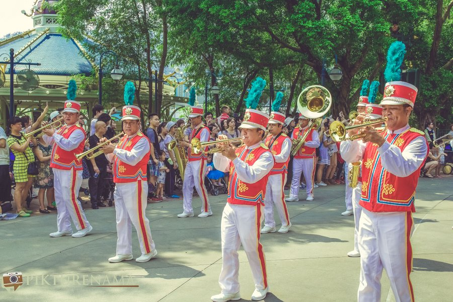 Flights of Fantasy in Hong Kong DIsneyland - 4