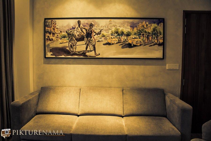 Vivanta Kolkata EM Bypass premium Suite sitting area