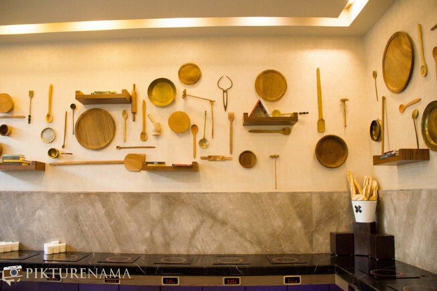 Vivanta Kolkata EM Bypass all day dining