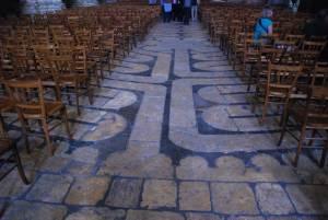 Labyrinth von Chartres verwandt mit pilgern