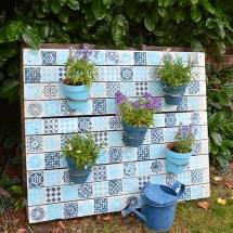 Make Beautiful Painted Wood Pallet Planter
