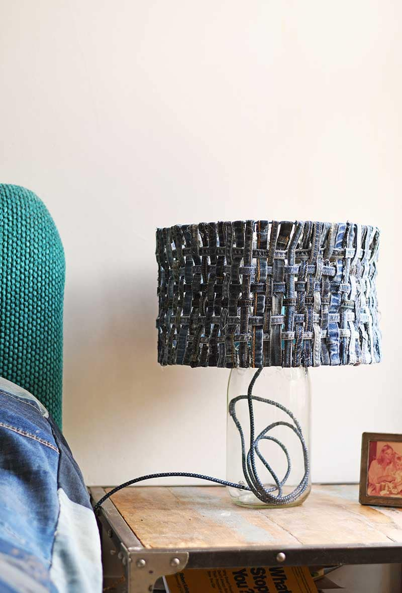 Tutorial: Upcycled denim lamp shade