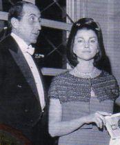 Un'altra immagine dei coniugi Casati Stampa