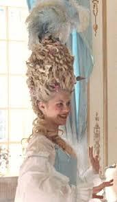Versailles Der Impfstoff Gegen Pocken Gesucht Frisur Mode