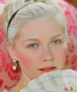 """Kirsten Dunst è Maria Antonietta nel film """"Marie Antoinette"""""""