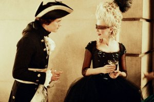 "Marie Antoinette and Fersen meet for the first time during a masked ball (dal film ""Marie Antoinette"")"