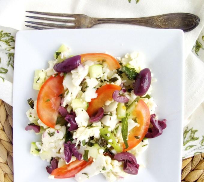 Ensalada mediterranea de coliflor, ensalada de coliflor.