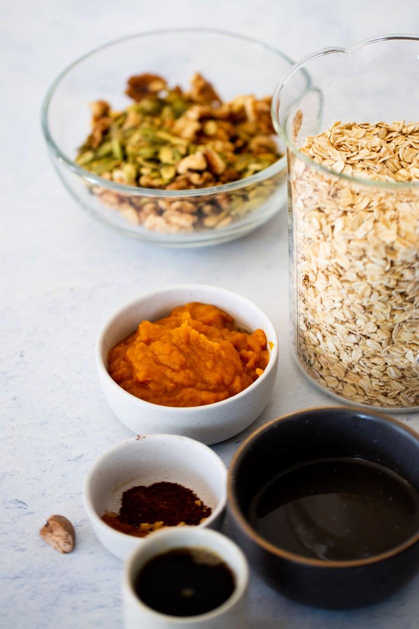 ingredients para hacer granola con pure de calabaza y especias