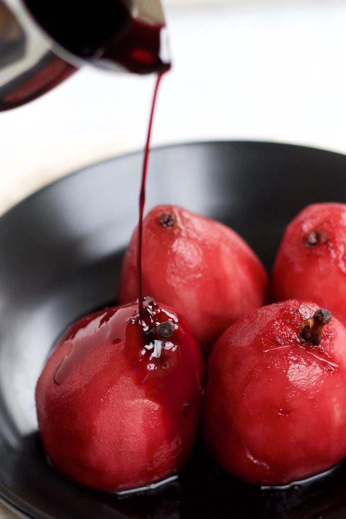Peras al vino tinto.P&V