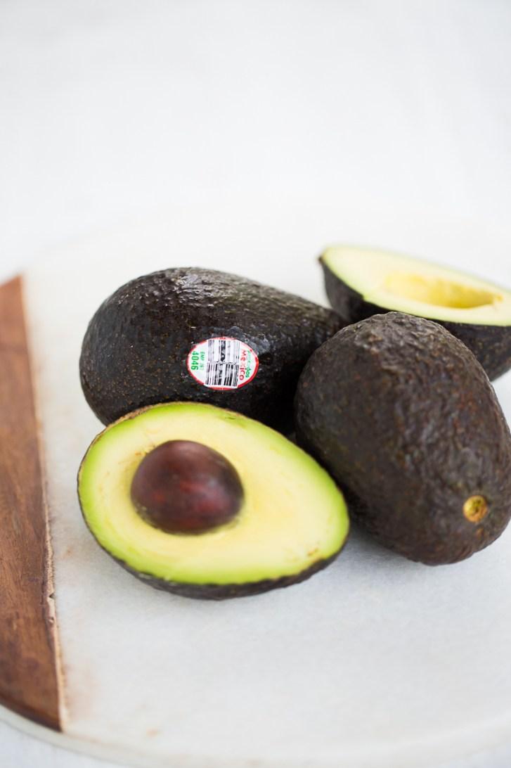 Pudín de chocolate vegano con aguacate y especies mexicanas. Mexican chocolate avocado pudding.