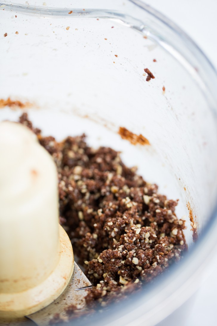 Barras de almendra y chocolate, un delciciosos dulce vegano.