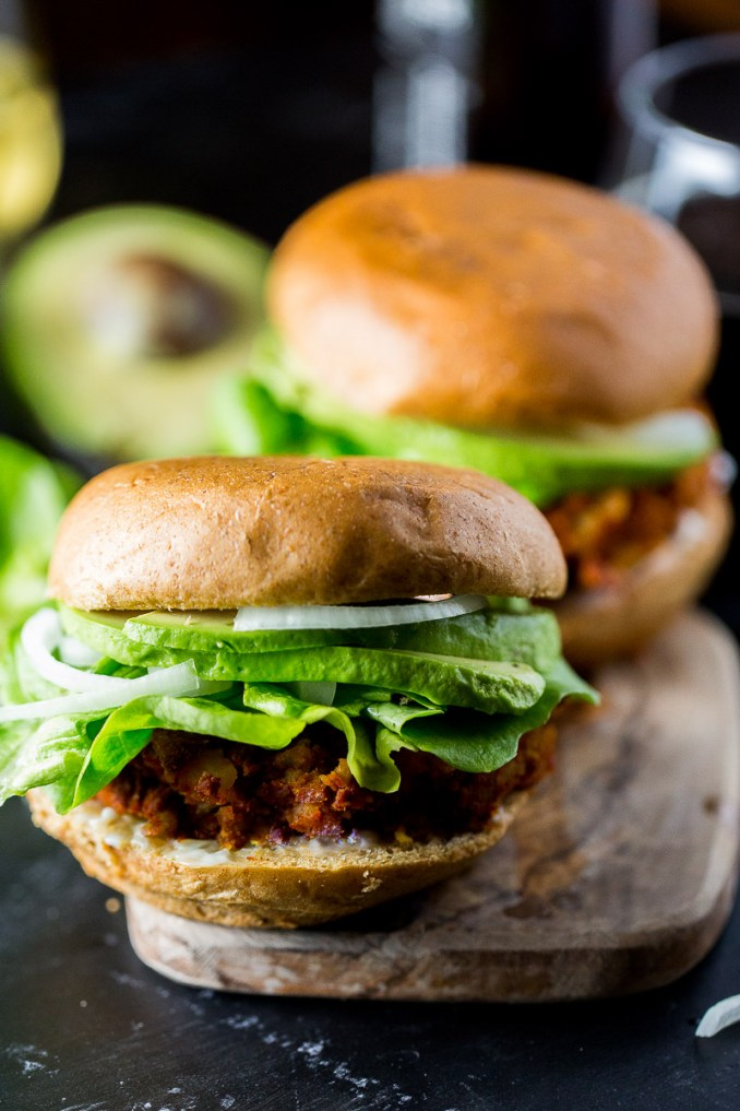 Hamburguesa de chorizo, hamburguesa mexicana y vegana