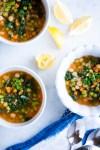 Receta de sopa de pasta y verduras mexicana.Healthy Mexican pasta and veggies soup
