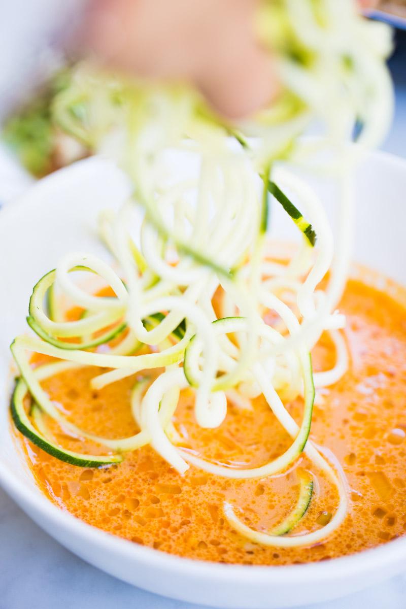 Receta de curry rojo con verduras en cinco minutos. Receta saludable, facil y vegana.