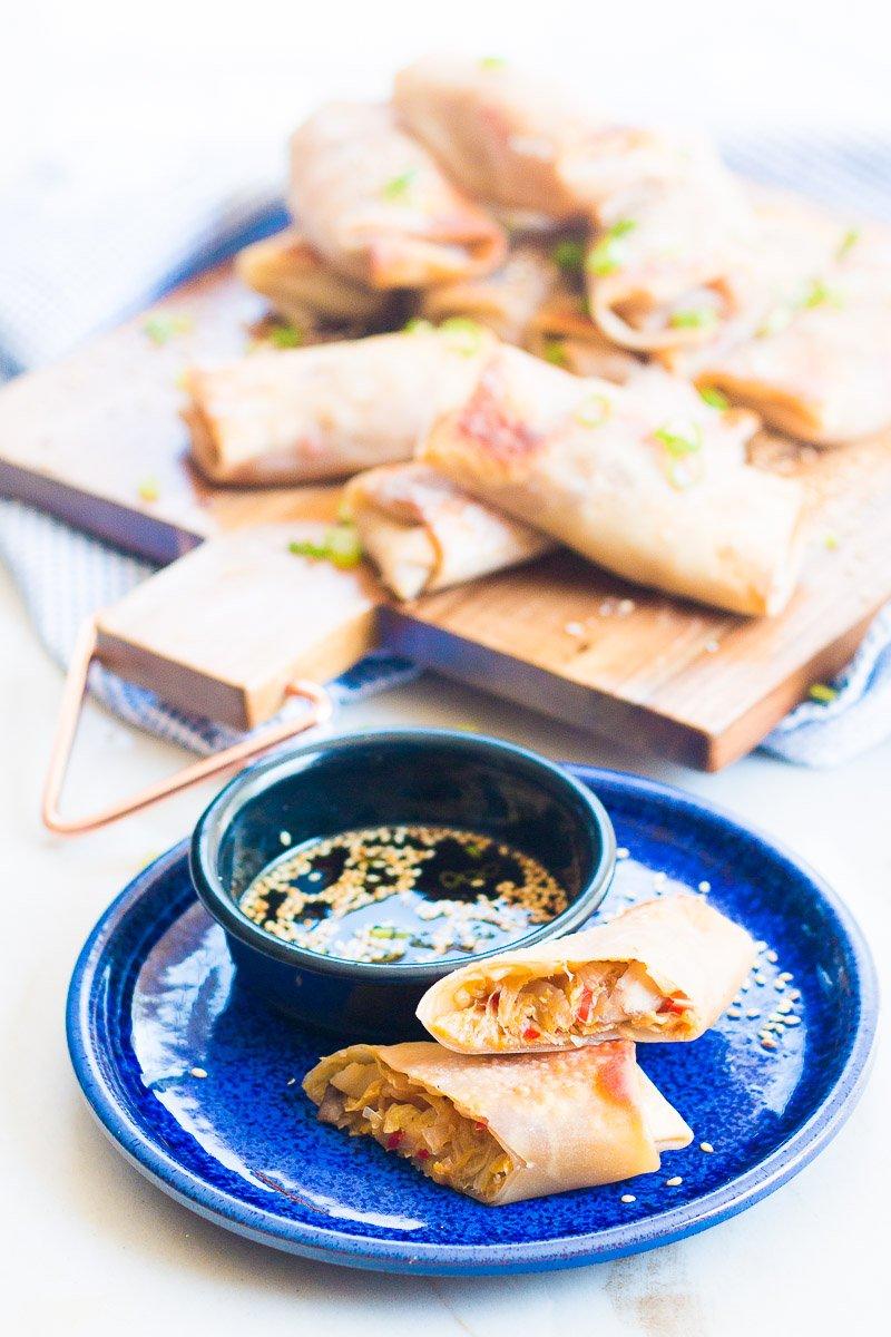Receta vegana de taquitos chinos de verduras al horno.