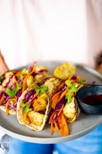 tacos de coliflor rostizada
