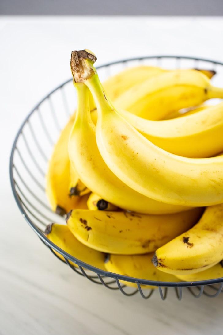 Pay de plátano de tres capas