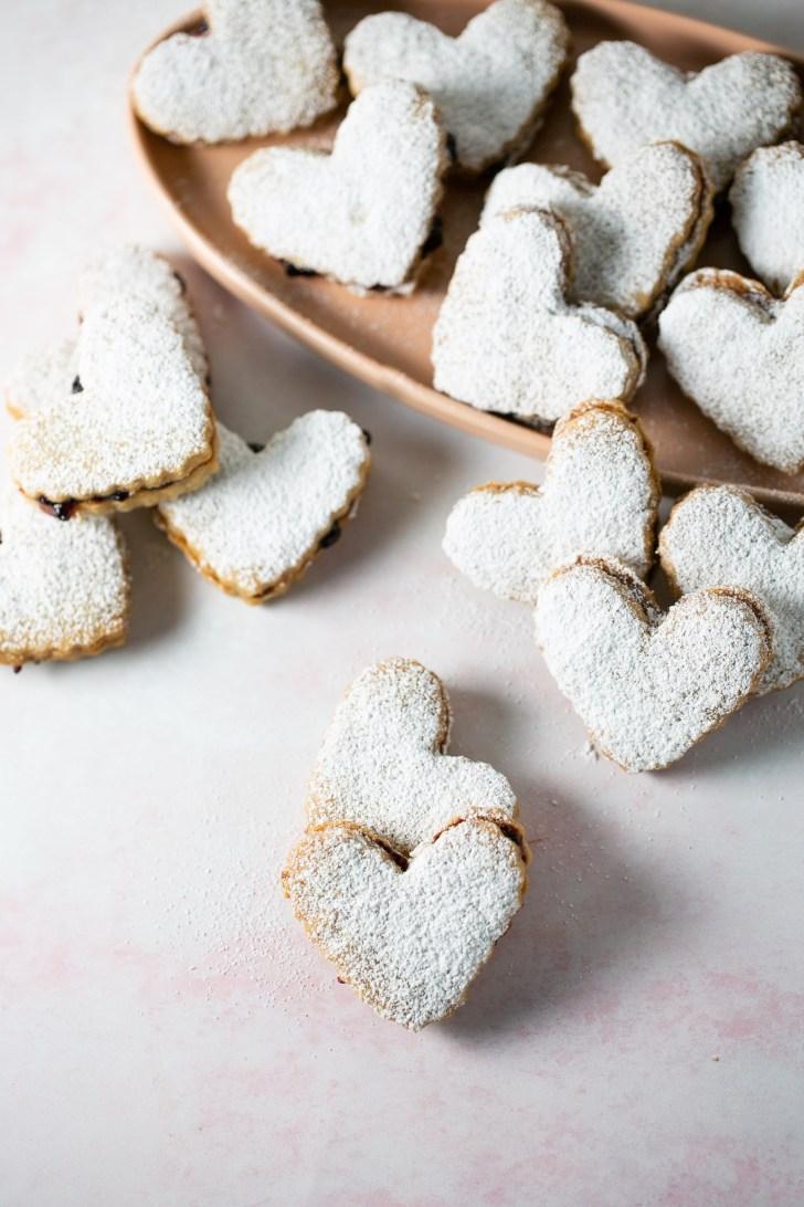 galletas de mantequilla vegana rellenas de cajeta